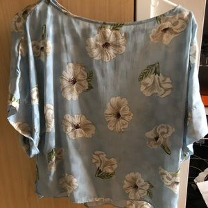 Zara blue floral short sleeve blouse small